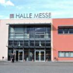 Eingang zur Messehalle der Halle Messe, Glastüren
